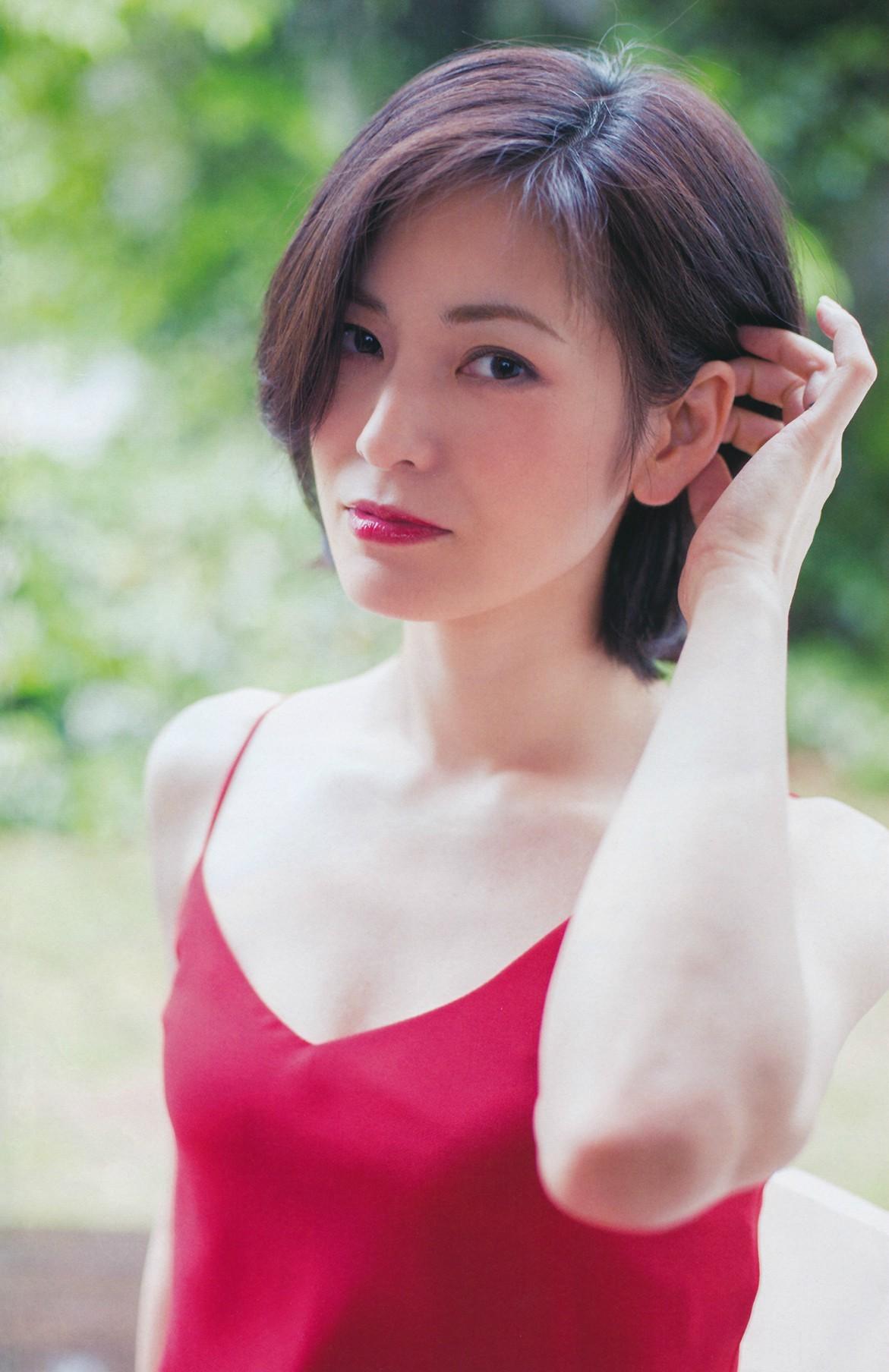 塚本まり子