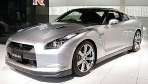 1024px-Nissan_GT-R_01